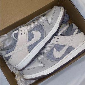 Nike sb size 5 men's/7 women's